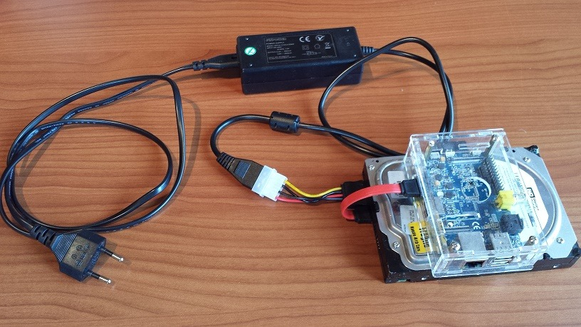 Sata Adapter, Stromversorgung