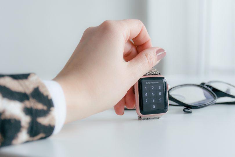 Smartwatch rose-gold